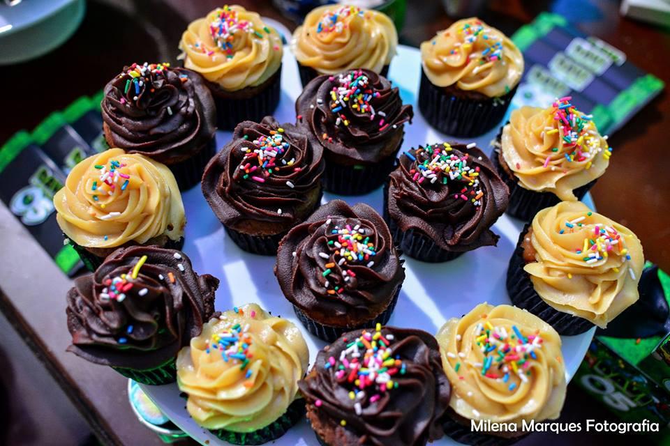davi ben 10 cupcakes