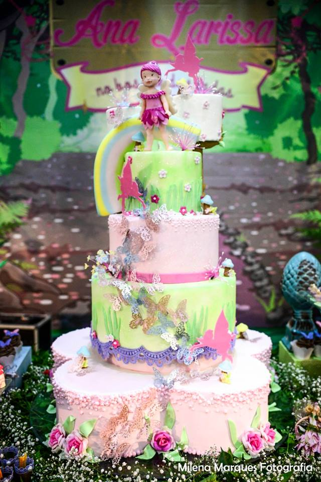 ana larissa bolo
