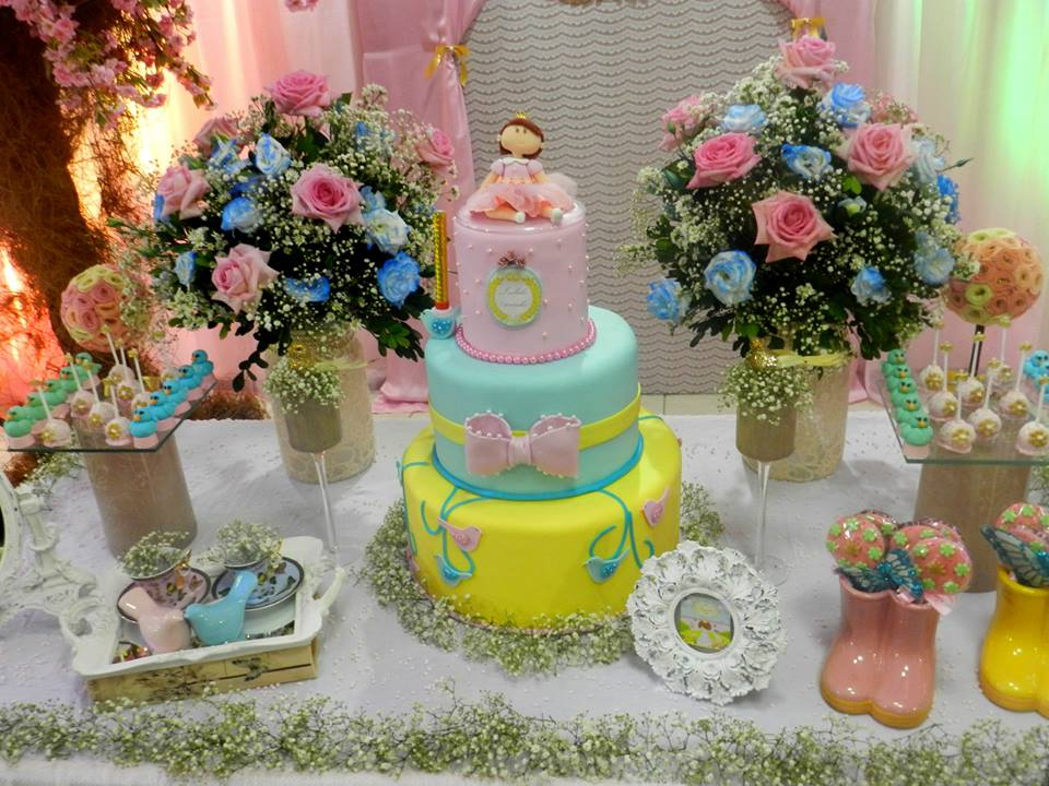 festa jardim da princesa : festa jardim da princesa:pelo fofíssimo bolo e topo criado por Katerine Fernandes.