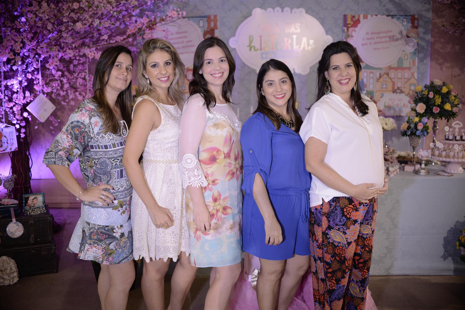 Marília Teófilo, Viviane Aragão, Priscylla Brasileiro, Nathália Teixeira e Patrícia Ferreira