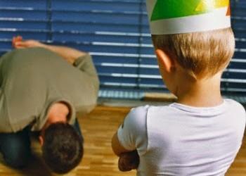 Infantolatria e os desafios de ser pai e mãe