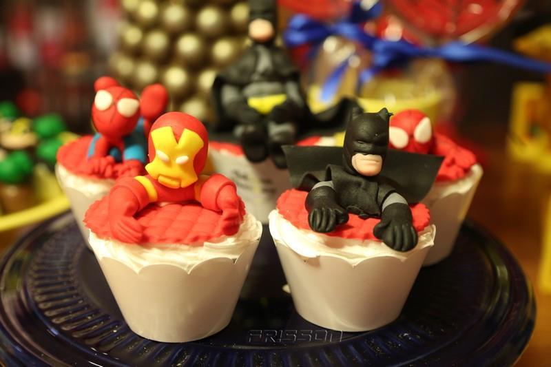 super yhudy cupcakes