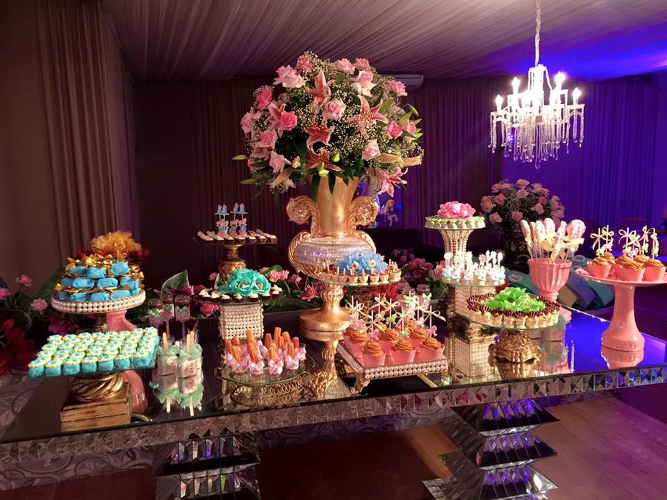 aniversário miryan carrossel mesa doces3