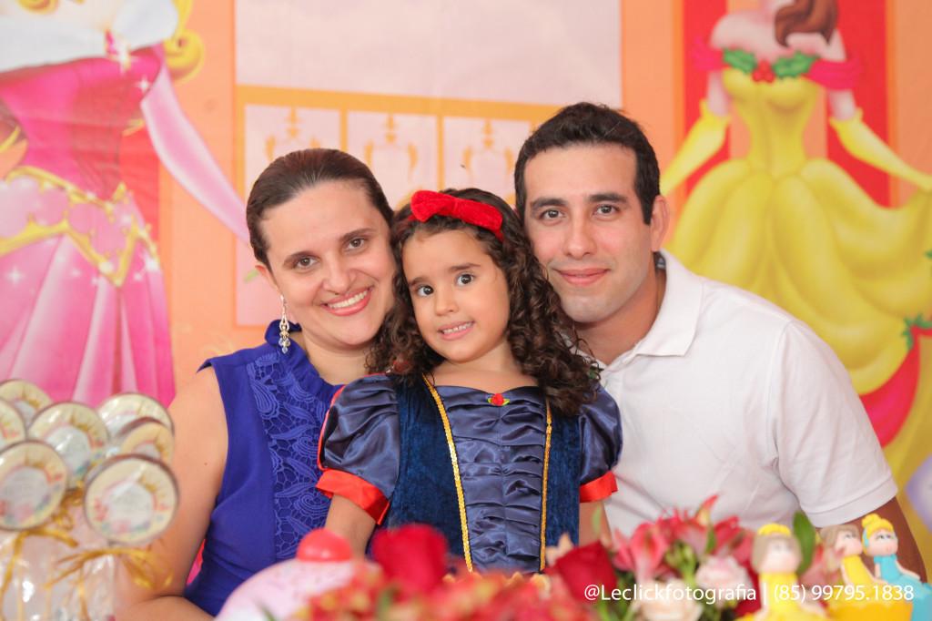 Letícia Ribeiro, Rebeca e Marcus Aurélio Campos Guimarães (3)