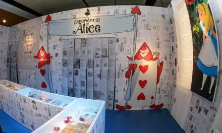 Exposição interativa de Alice no País das Maravilhas